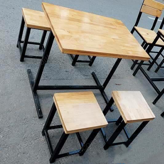 bàn ghế cafe mặt gỗ tự nhiên giá rẻ