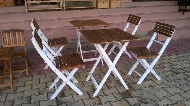bàn ghế cafe gỗ thanh gấp giá rẻ