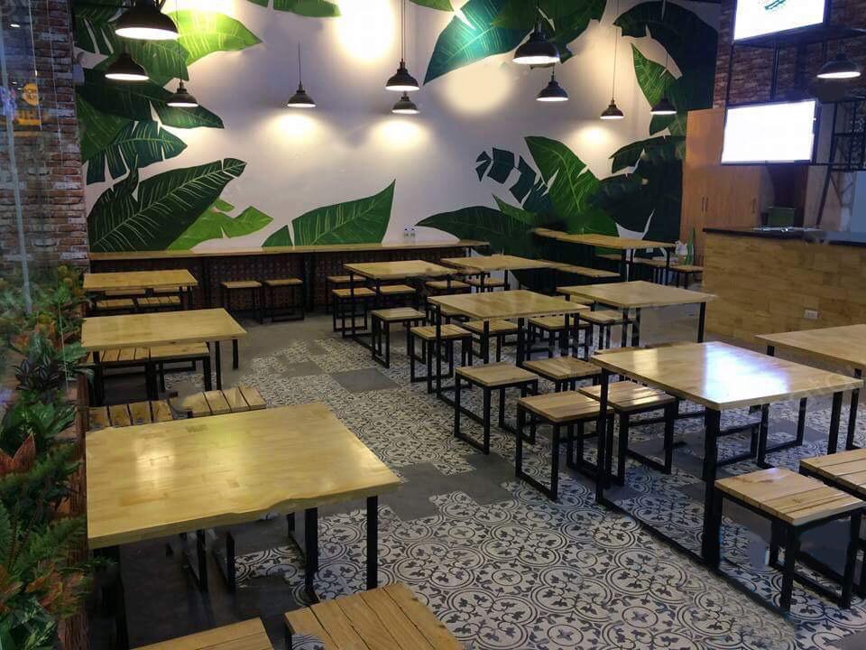 bàn ghế cafe gỗ tự nhiên thanh lý