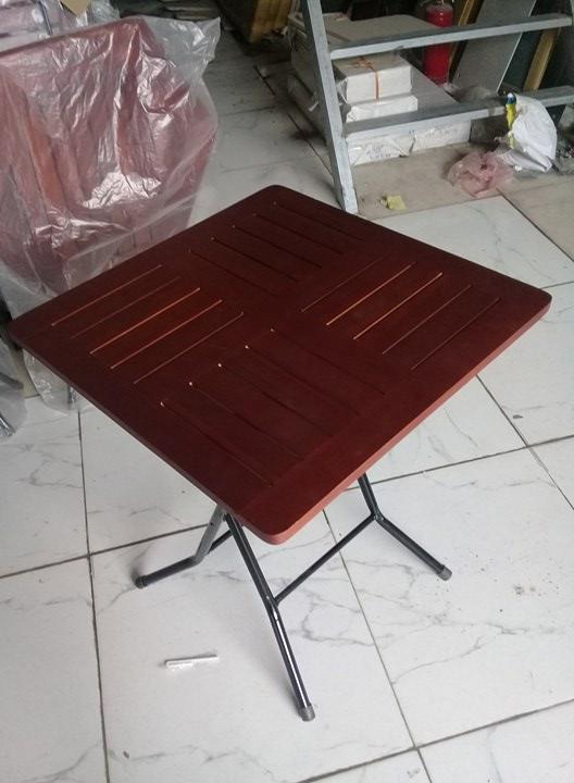thanh lý bàn cafe gỗ vuông