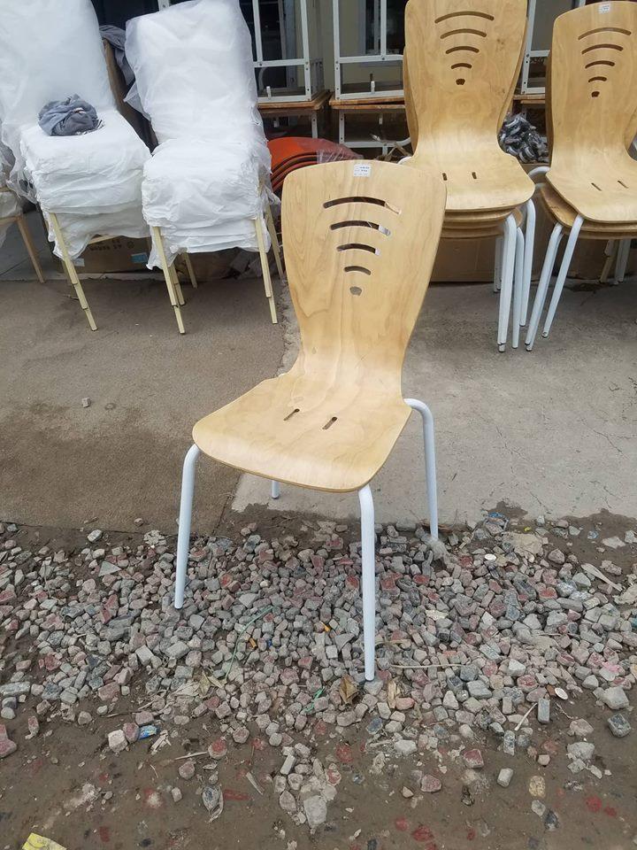 ghế cafe gỗ chân sơn tĩnh điện giá rẻ