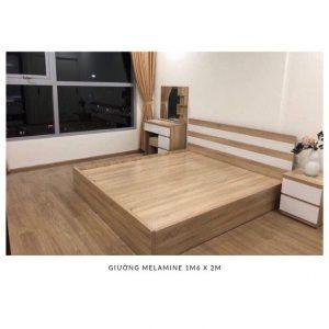 Rộng 1m2 x 2m = 3.200.000đGiường được thiết kế thêm hai ngăn kéo nhỏ bên dưới tiết kiệm được không gian, giúp bạn hoàn toàn thoải mái trong quá trình sử dụng sản phẩm.