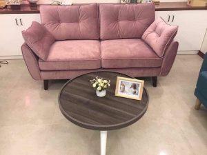 Bộ Sofa văng nỉ đệm rời màu hồng là dòng sofa dạng đệm rời, gối tựa rời kết hợp khung gỗ tự nhiên đã qua tẩm sấy chống được mối mọt. Đây là dòng sofa bán chạy nhất thị trường hiện nay với kiểu dạng hiện đại, tính đa năng cùng chất lượng tuyệt vời. Cùng tìm hiểu về chiếc ghế này nào.