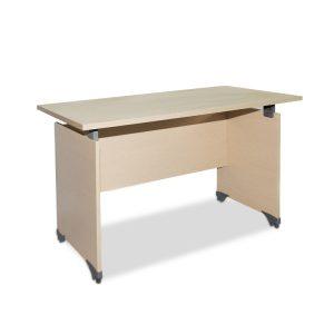 Bàn làm việc giá rẻ fami không hộc được làm bằng chất liệu gỗ công nghiệp cao cấp. trên mặt bàn được phủ một lớp Melamine chống trầy